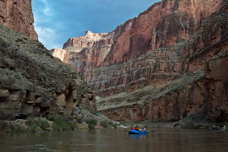 Grand Canyon winter rafting