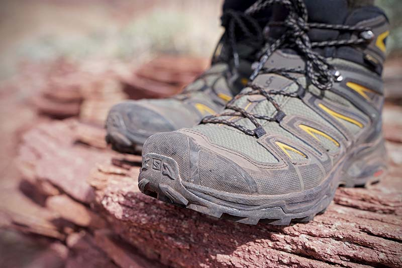 Hiking boot toe protection