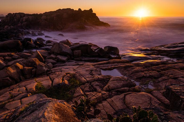 Sony 16-35mm f4 rocky beach photo
