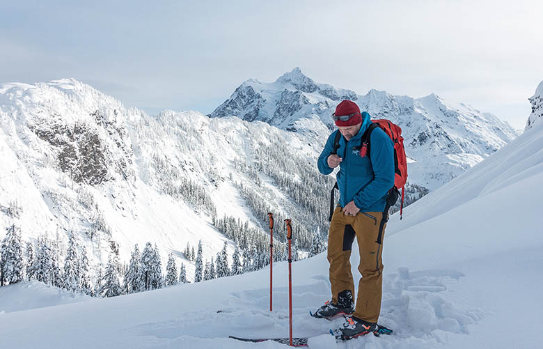 Arc'teryx Proton LT (zipping up jacket while backcountry skiing)