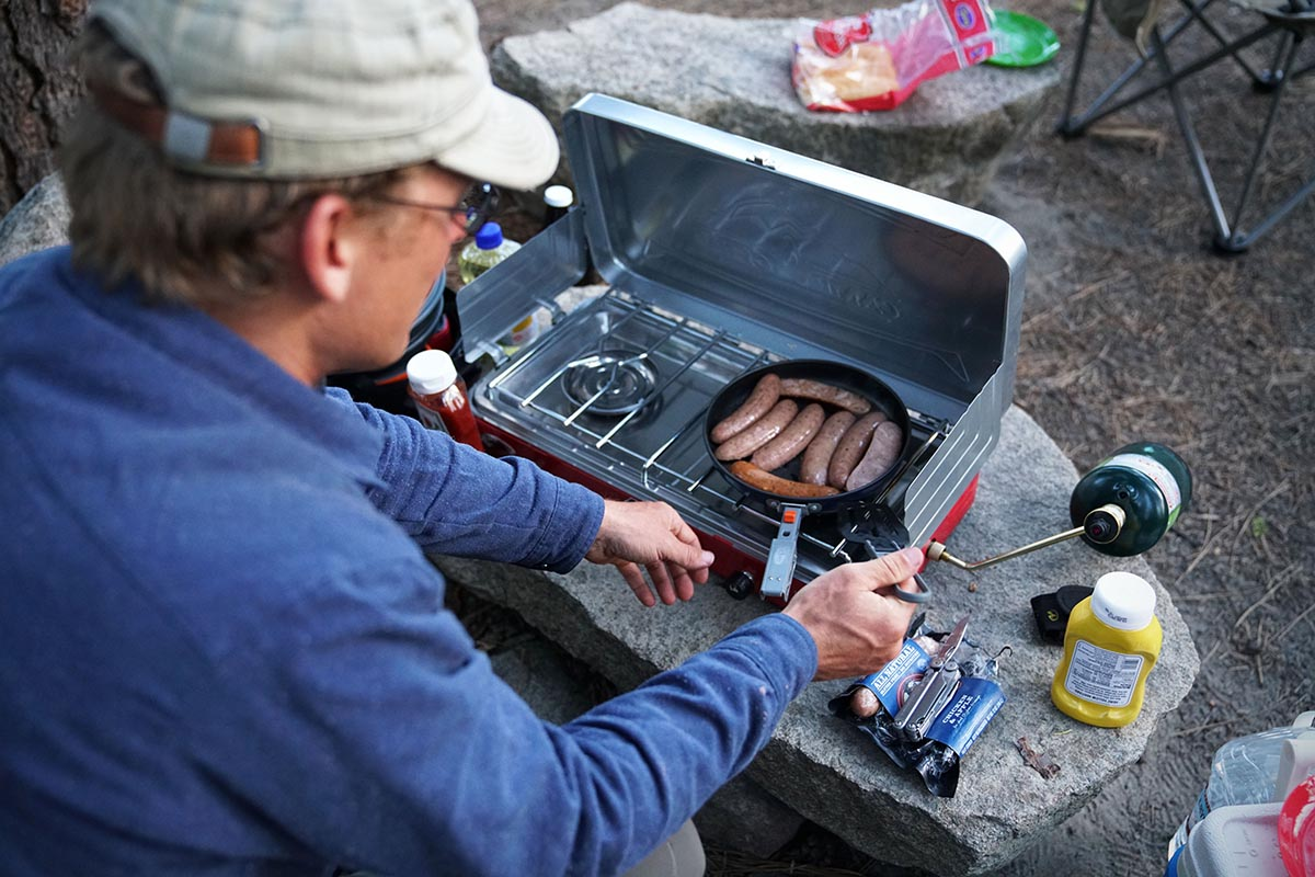 Camping stove (cooking)