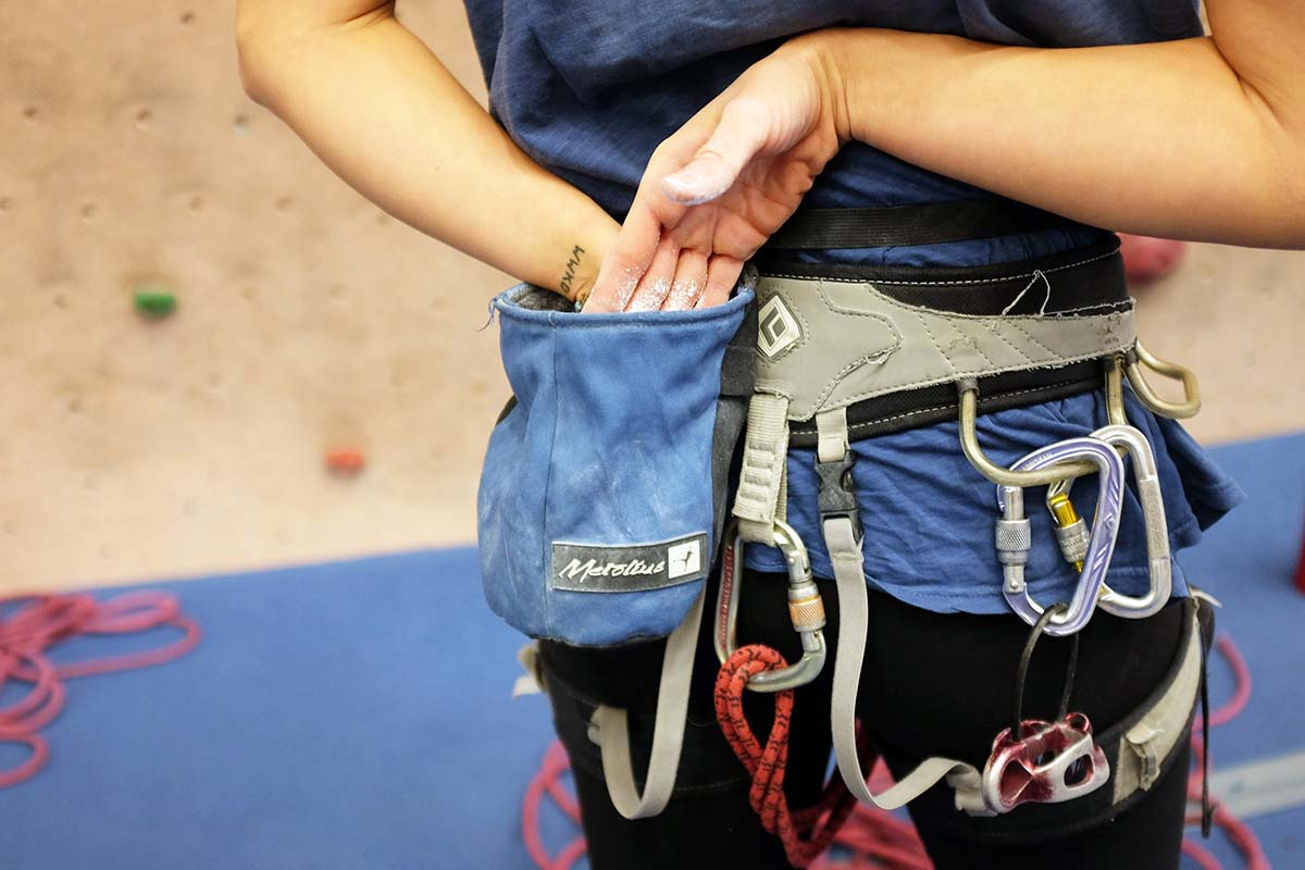 climbing harnesses (gym)
