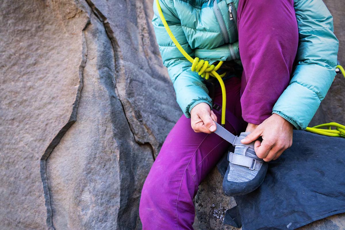 Rock climbing shoes (Velcro closure)