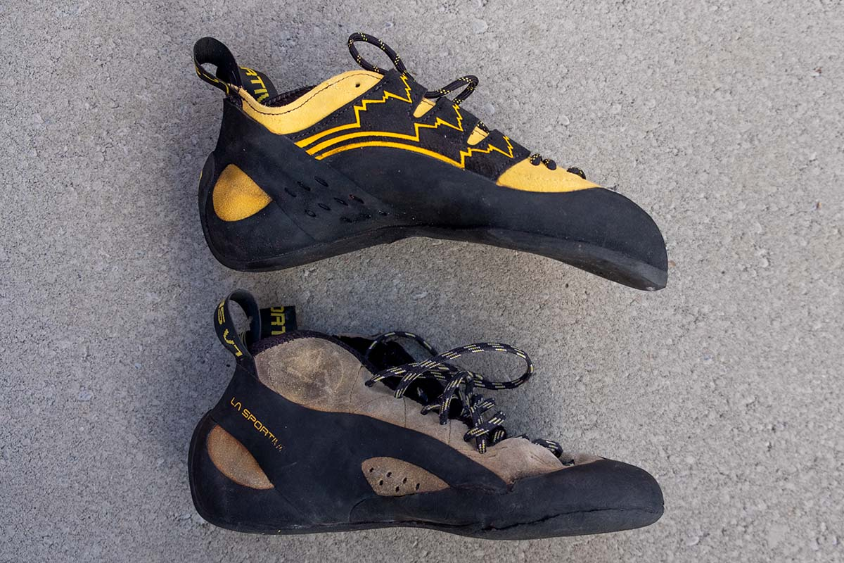 Rock climbing shoes (downturn)