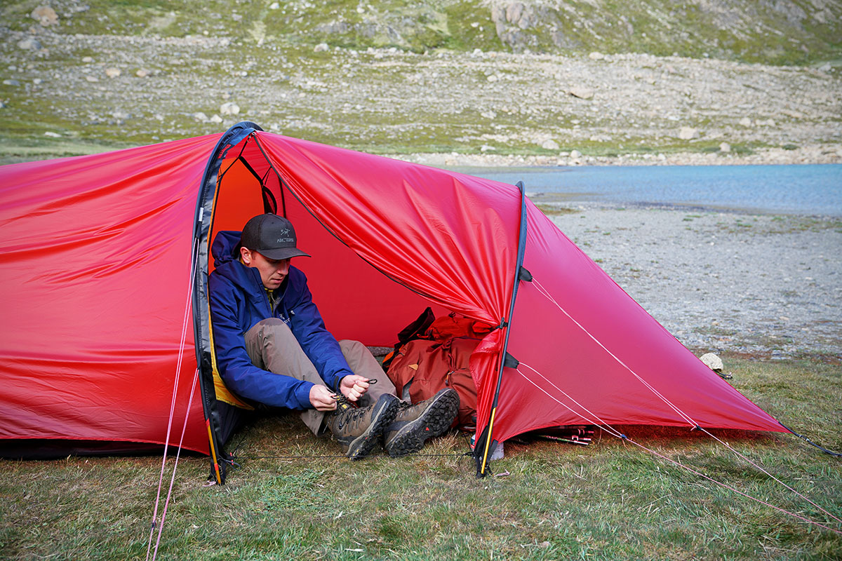 Backpacking tent (Hilleberg Anjan vestibule)