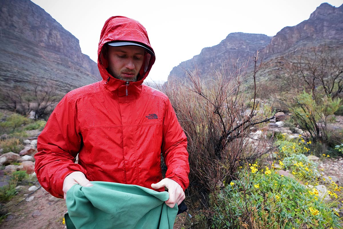 Rain jacket (The North Face Venture 2 hood)
