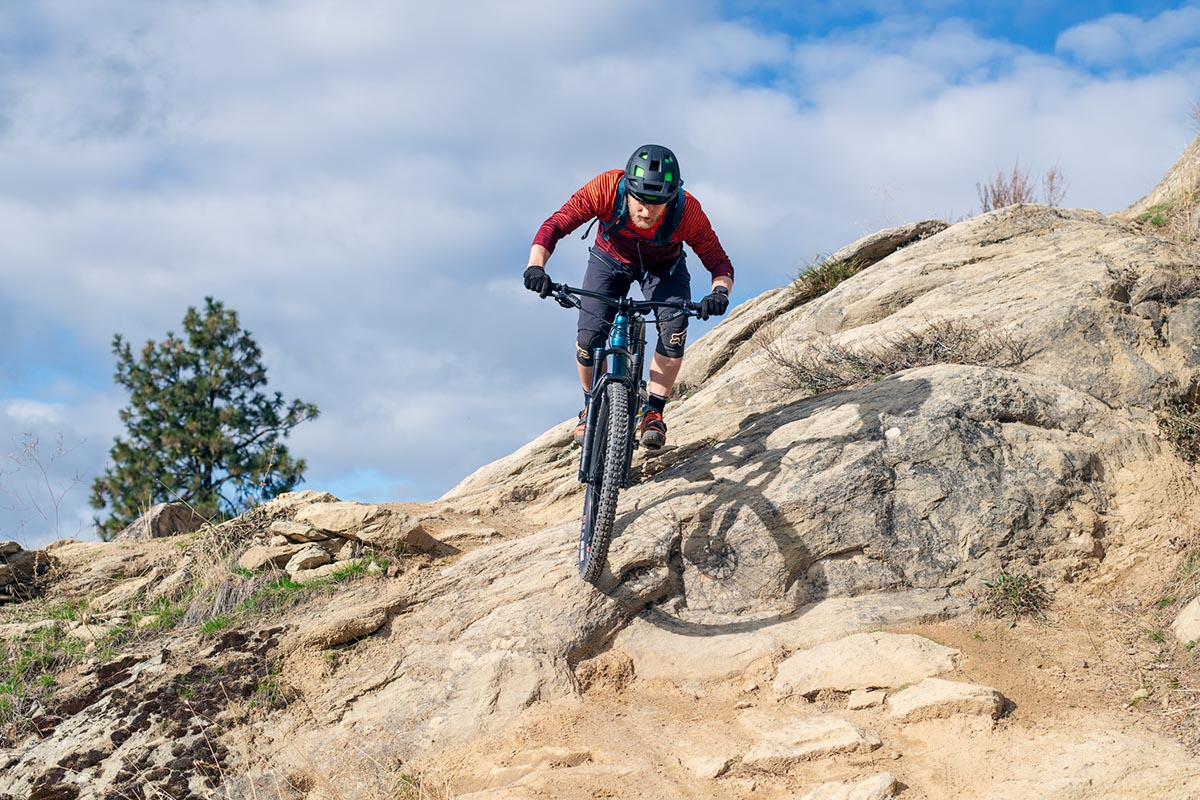Mountain Bikes Under 1k (technical terrain)