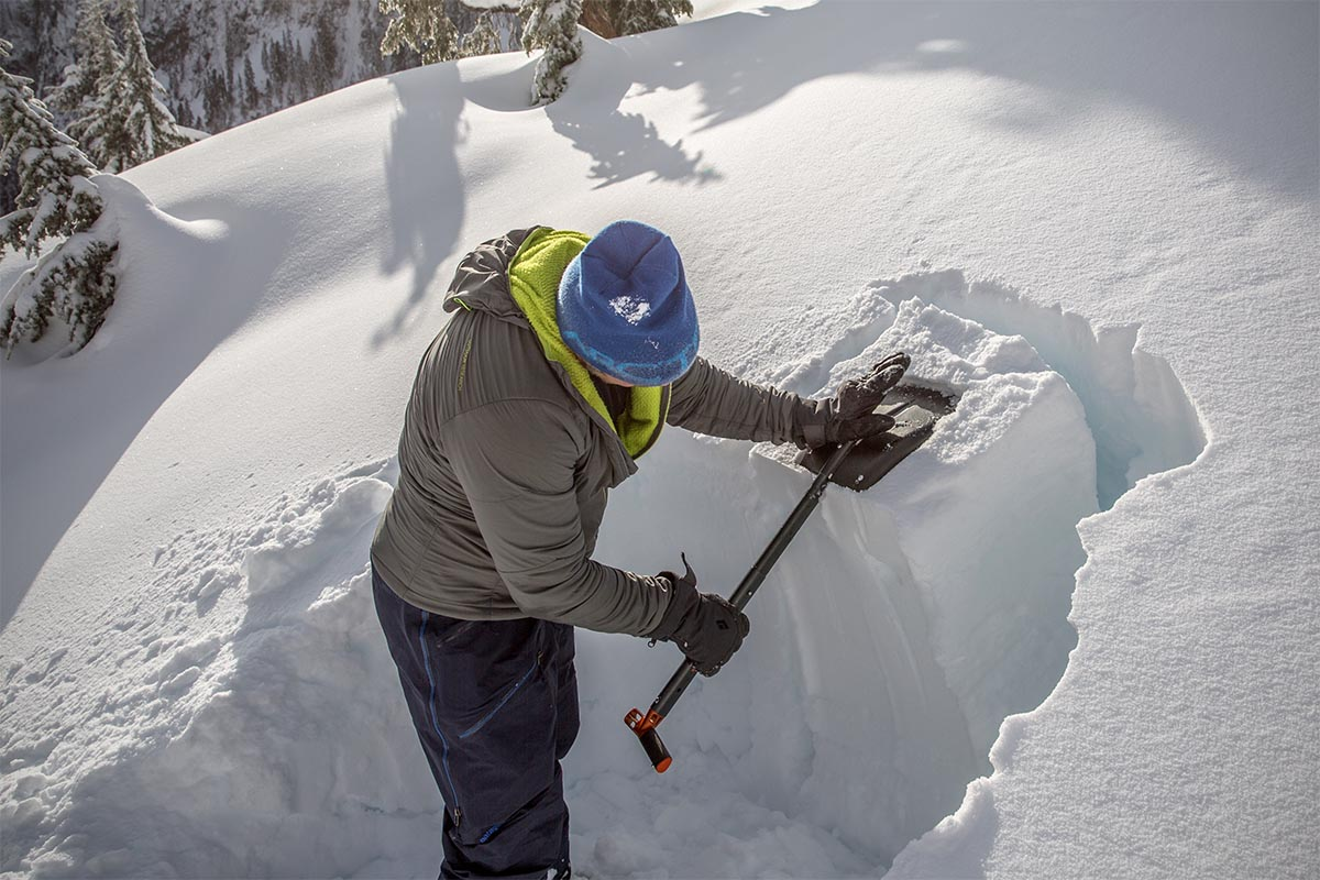 Ski gloves (Black Diamond Legend digging snow pit)