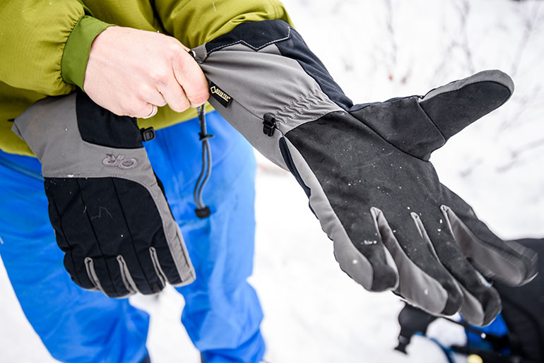 Ski gloves (Outdoor Research Arete)