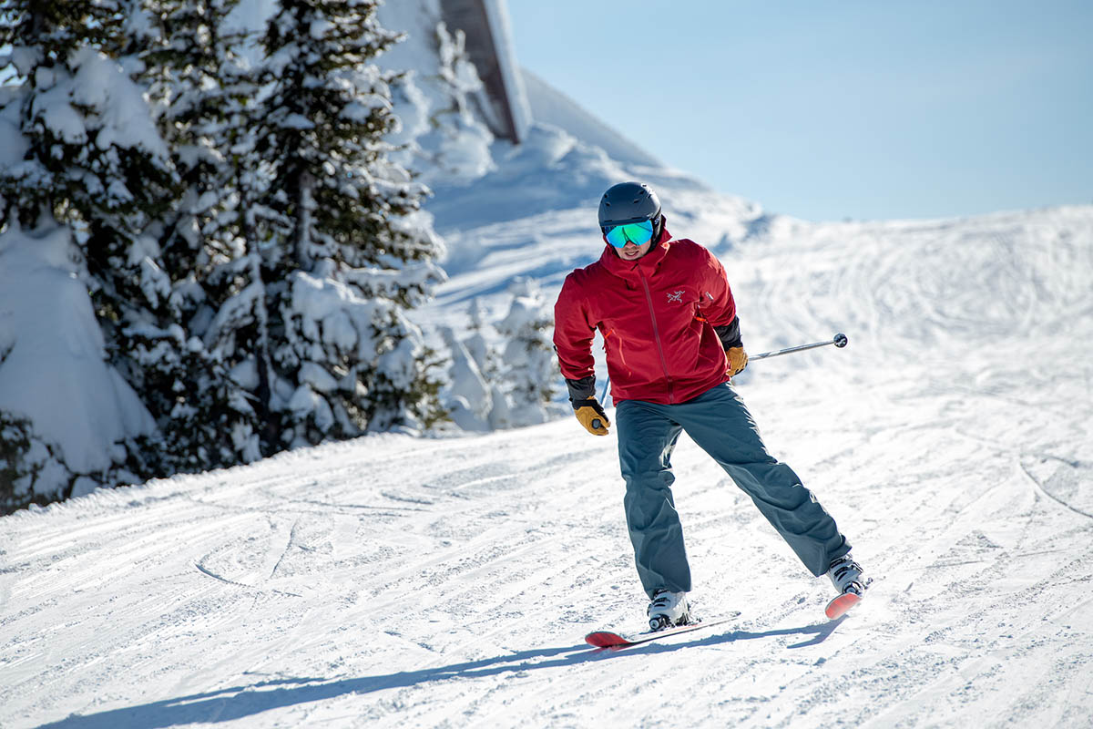 Ski pants (Arc'teryx Sabre resort)