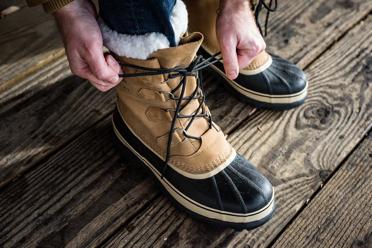 Winter Boots (lacing up)