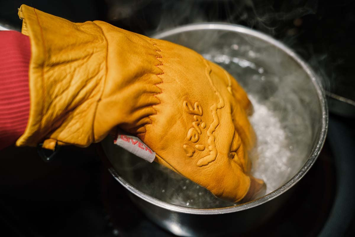 Winter Gloves (waterproofing)