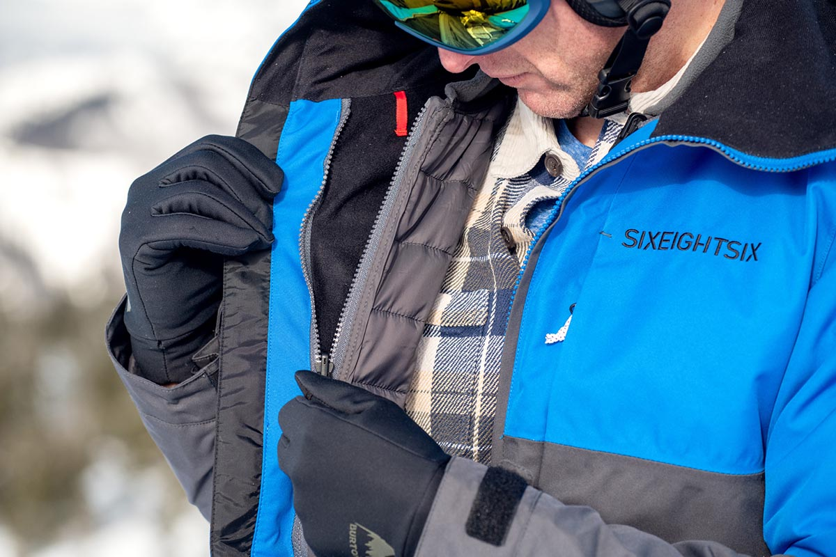 Snowboard Jacket (unzipping 686 Smarty 3-in-1)