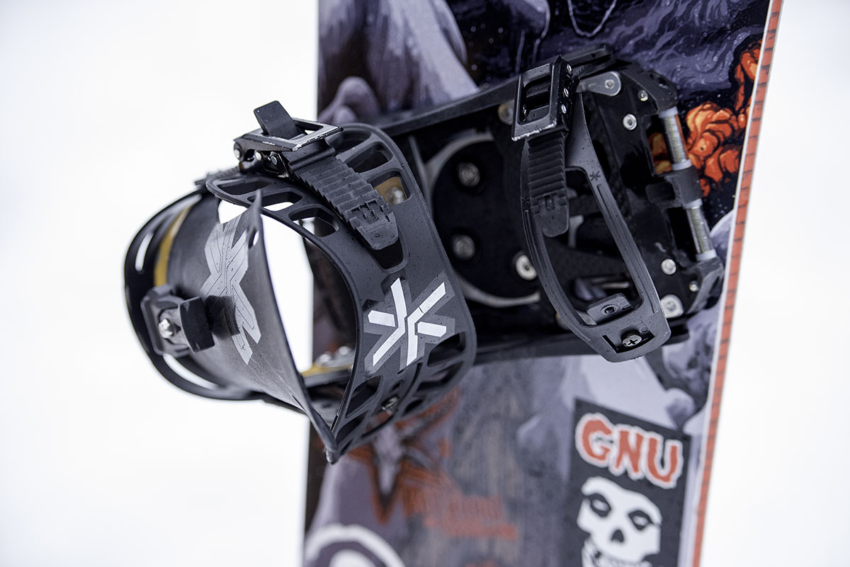 All-mountain snowboard (binding)
