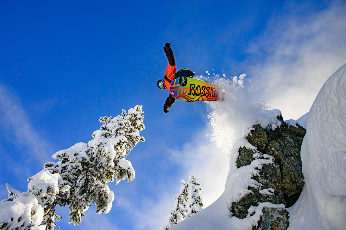 All-mountain snowboard (in air)
