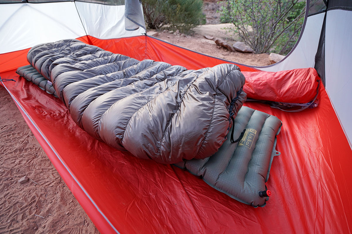 Katabatic Gear Flex sleeping quilt
