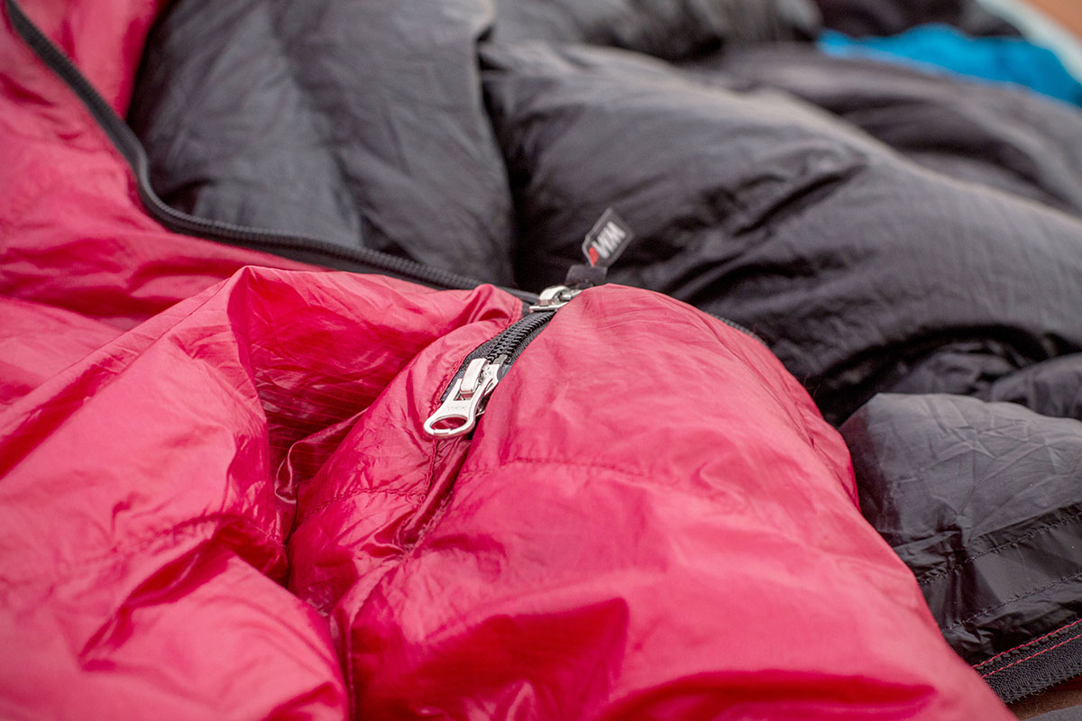 Ultralight sleeping bag (zipper)