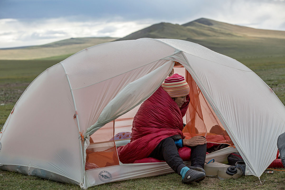 Western Mountaineering SummerLite (in tent)