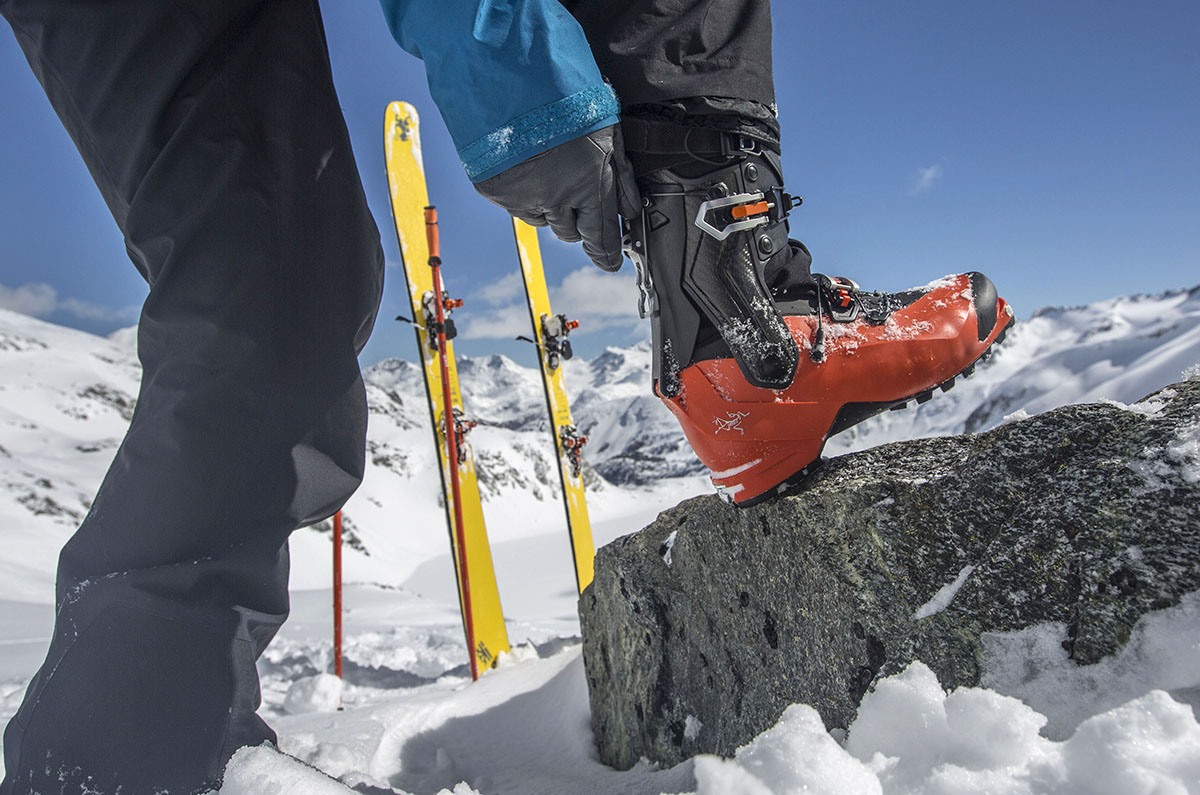 Winter Camping Checklist (ski boot)