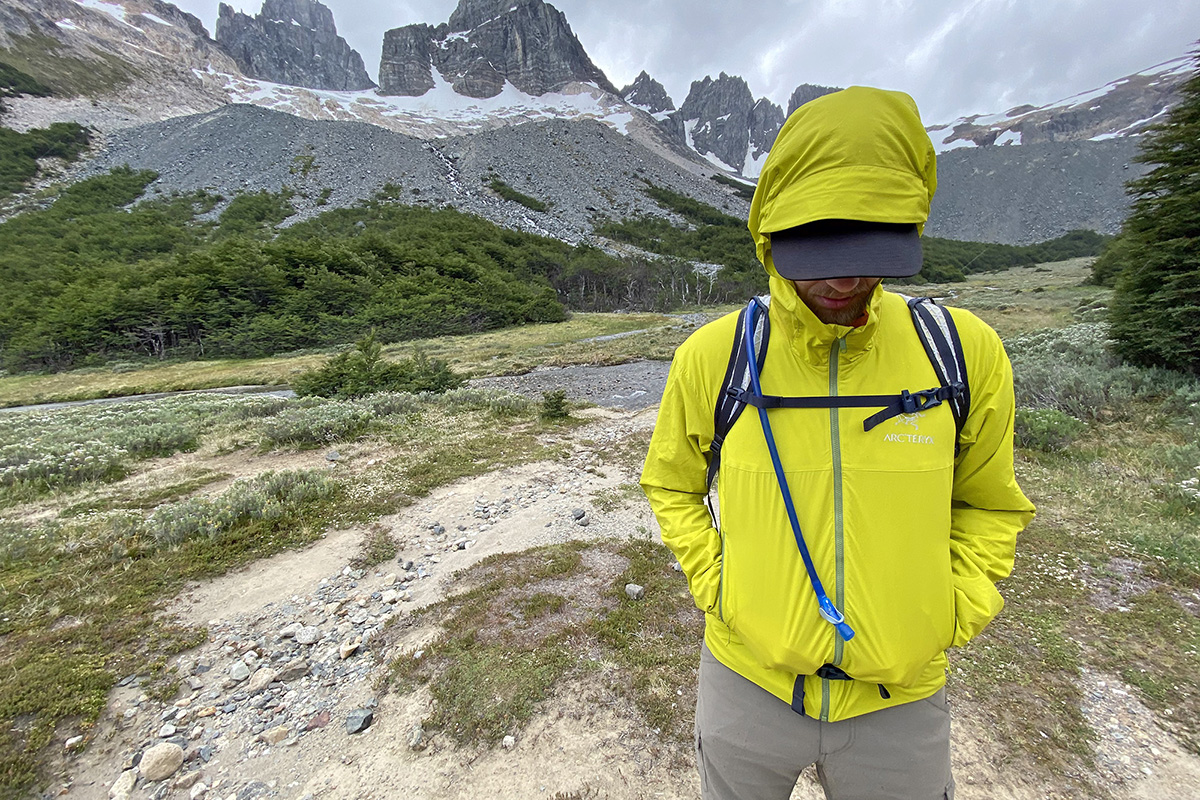 Arc'teryx Atom SL Hoody synthetic jacket (hipbelt compatible pockets)