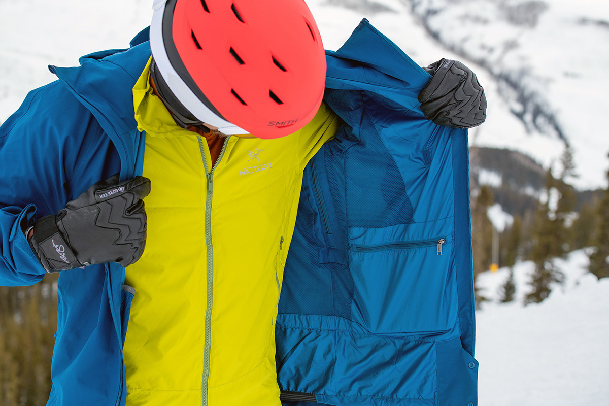 Arc'teryx Atom SL Hoody synthetic jacket (layering under ski jacket)