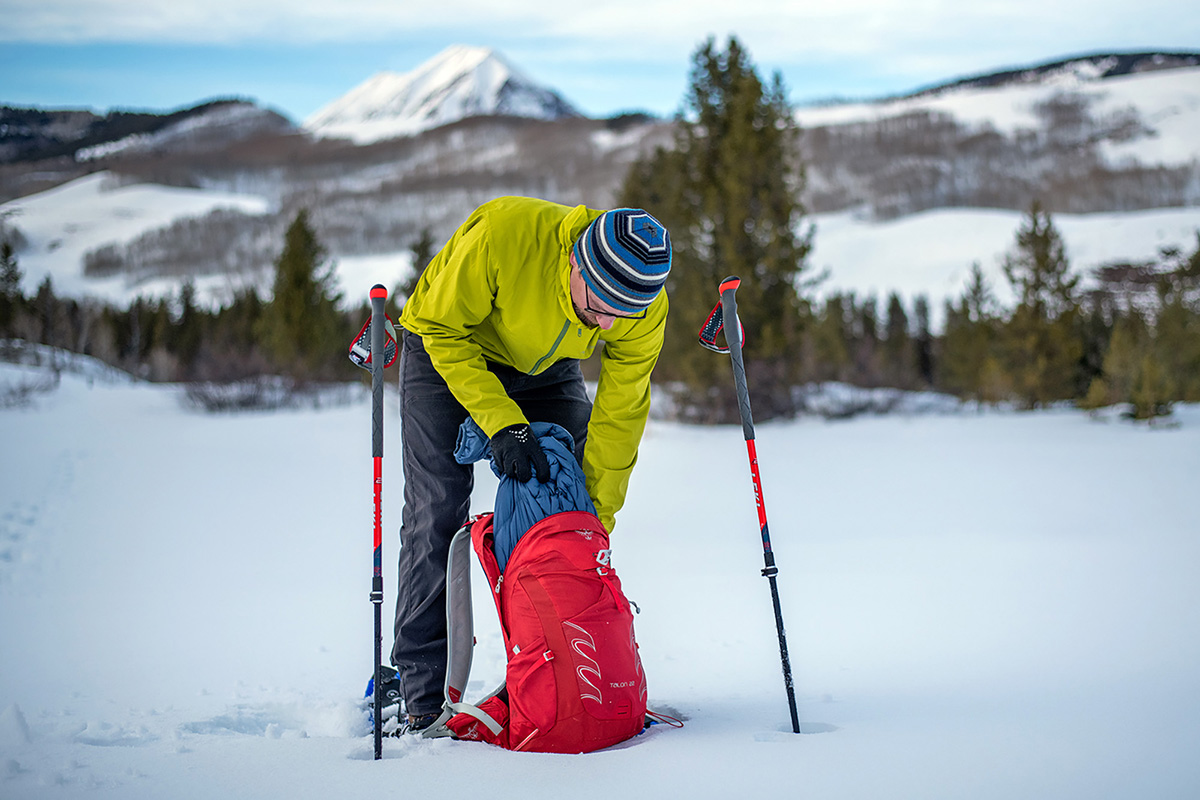 Arc'teryx Atom SL Hoody synthetic jacket (packing pack while snowshowing)