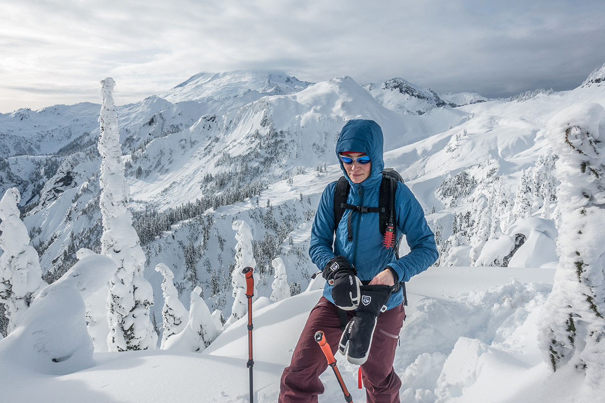 Black Diamond First Light Stretch Hoody (putting gloves on)