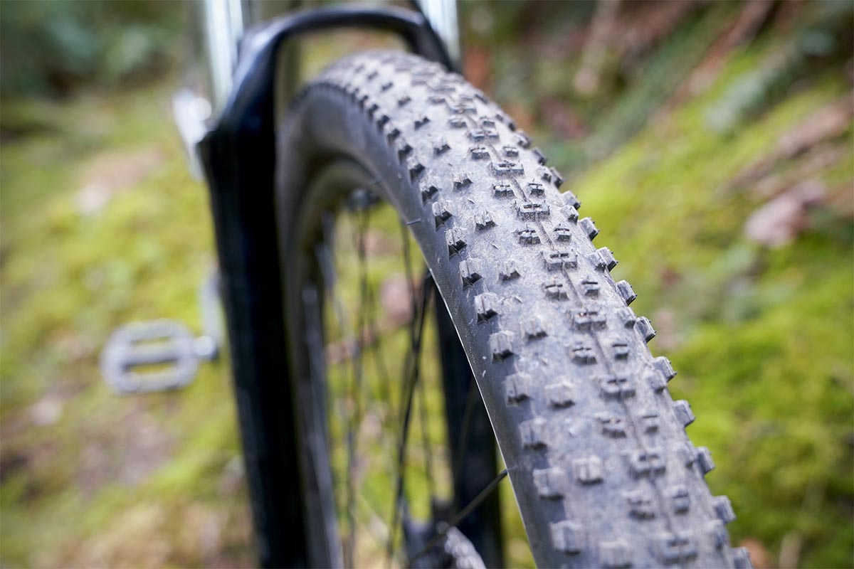 Cannondale Trail 6 (tires)