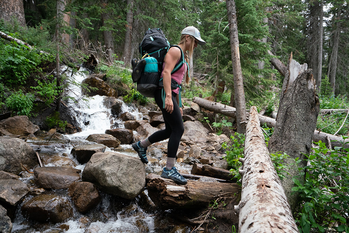Oboz Arete hiking shoes (crossing stream 2)