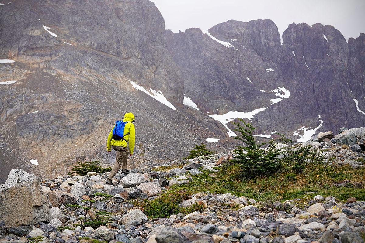 Salomon X Raise Low hiking shoes (big mountain background)