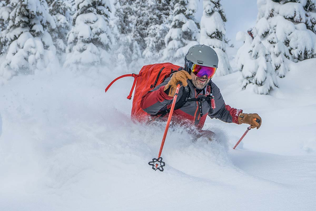Smith Quantum MIPS helmet (skiing deep powder)