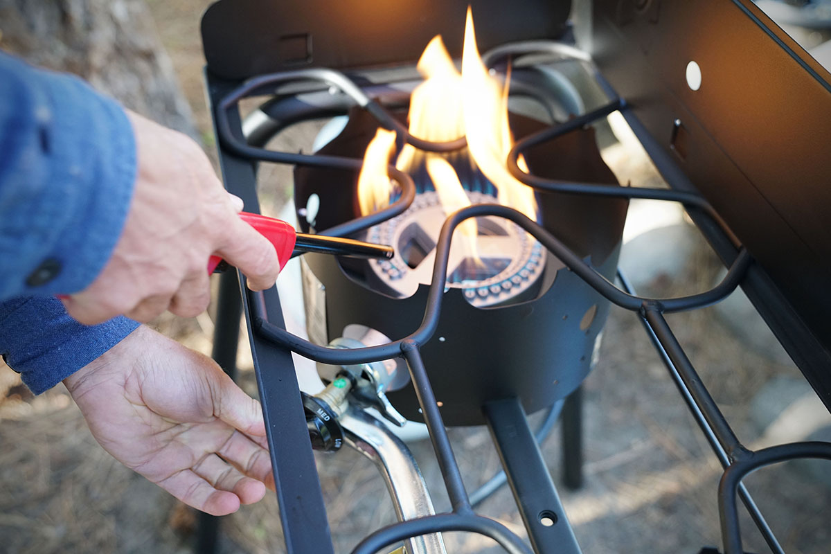 Camping stoves (ignition)