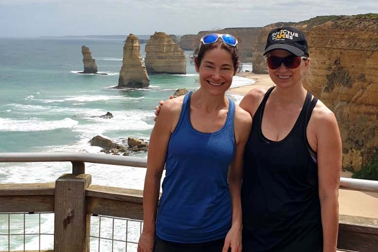 Great Ocean Walk (selfie at twelve apostles)