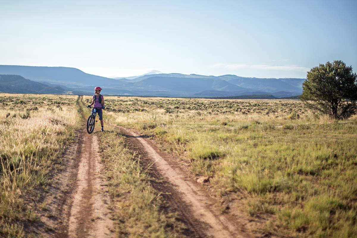 Bikepacking (dirt road leading to Moab)