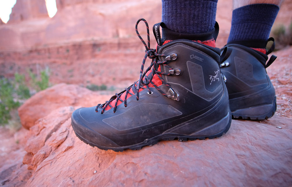 Arc'teryx Bora2 GTX Mid Hiking Boot side