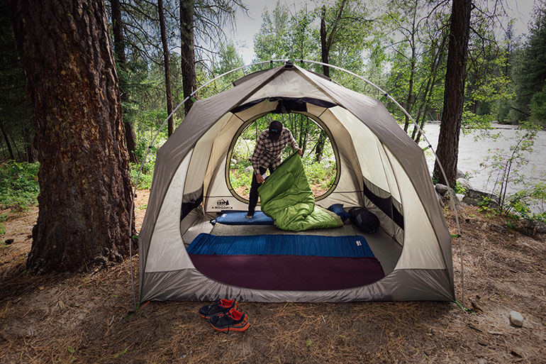Two large doors make getting in and out much easier : kelty discovery 6 tent - afamca.org