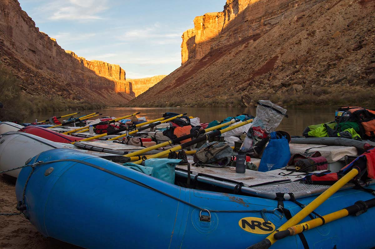 Grand Canyon rafting (boats)