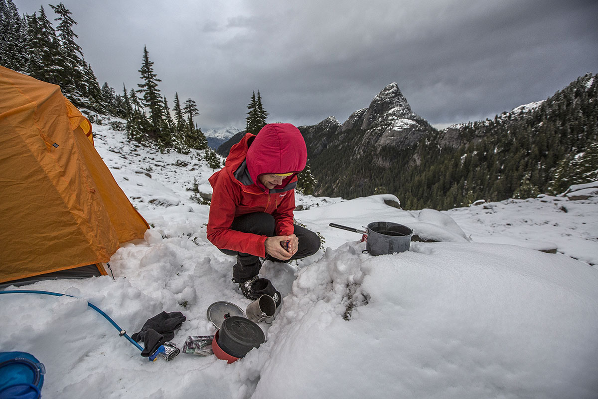 716327537 Review: Montane Alpine Pro | Switchback Travel