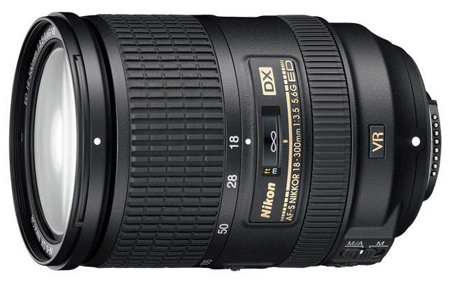 Objetivo Nikon DX de 18-300 mm