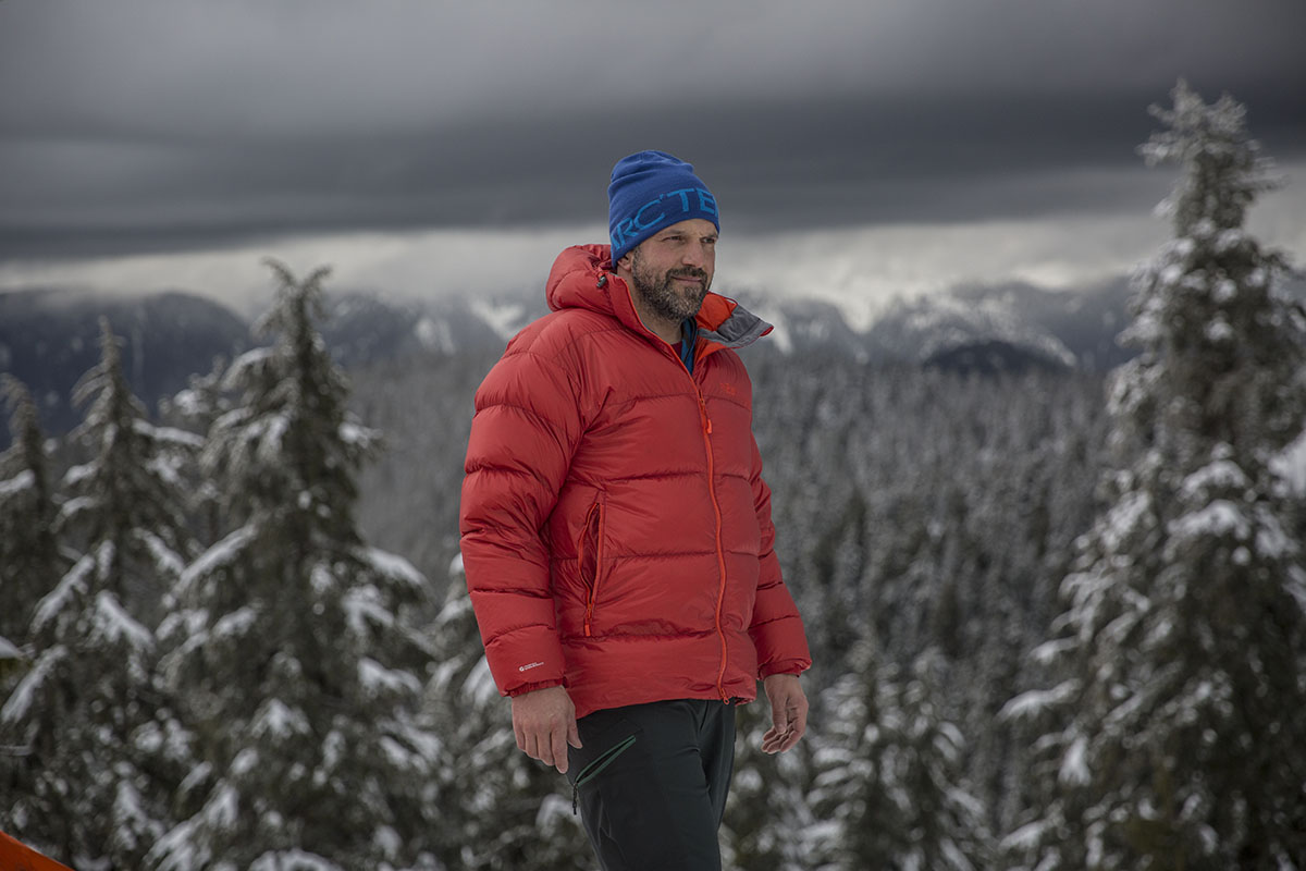 Rab Neutrino Endurance jacket (camp)