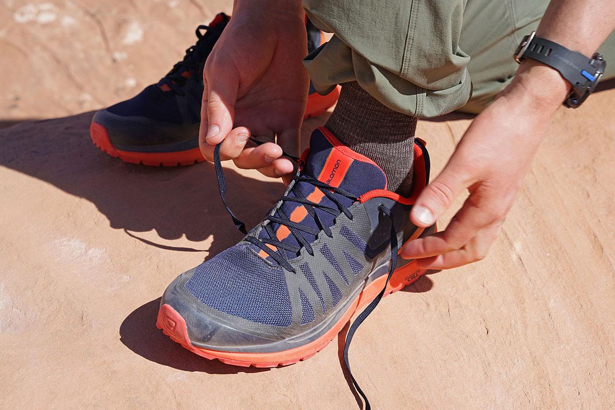 b6001727db Salomon Odyssey Pro Hiking Shoe Sports et Loisirs Homme Mens
