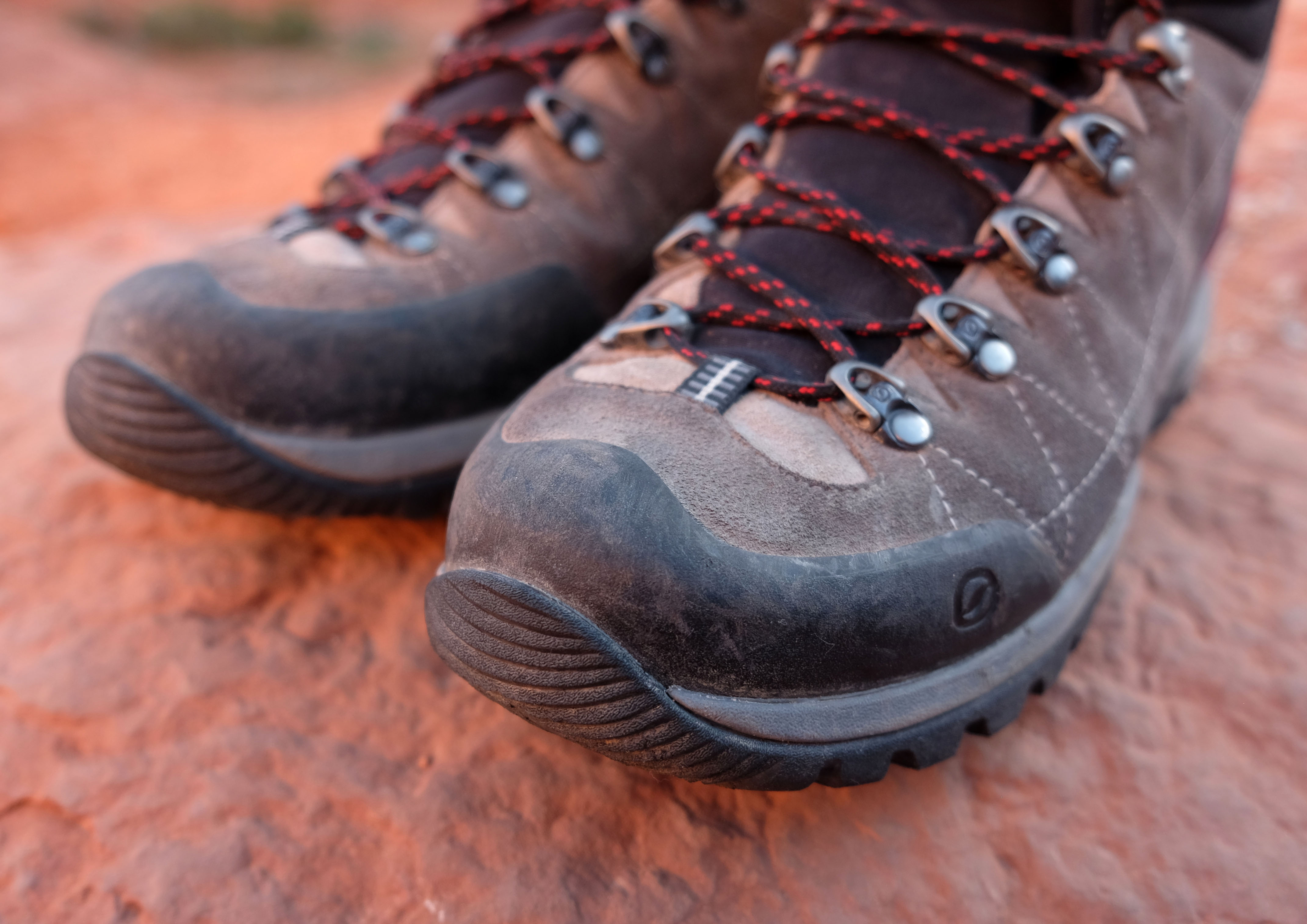 Scarpa R-Evolution GTX Hiking Boots front