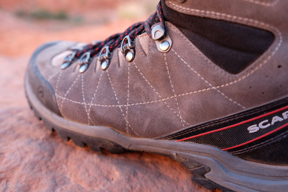 Scarpa R-Evolution GTX Hiking Boots side