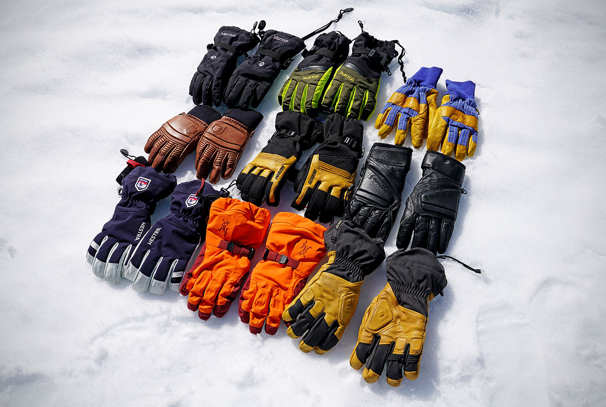 Ski gloves (group photo)
