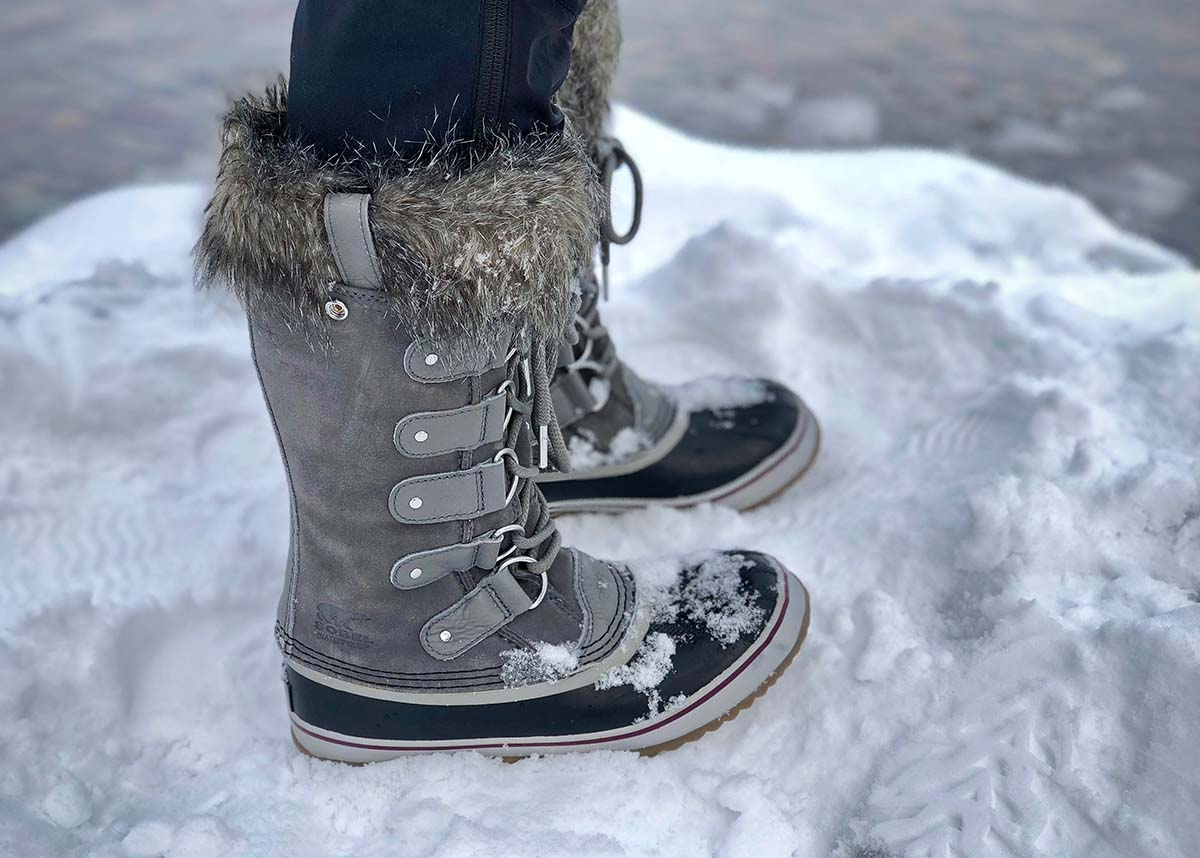 Sorel Joan of Arctic (snow)