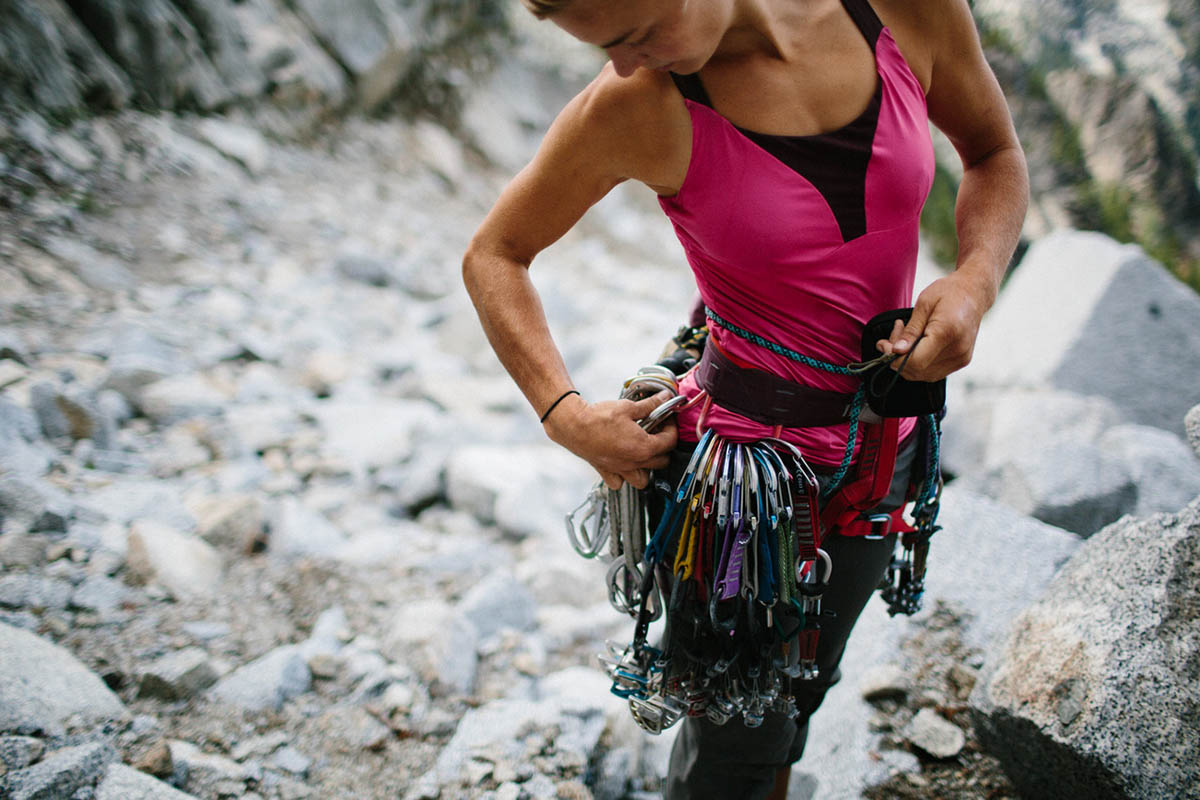 Best Climbing Harnesses (header)