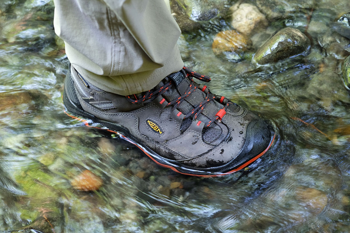 Review Keen Durand Mid Wp Switchback Travel