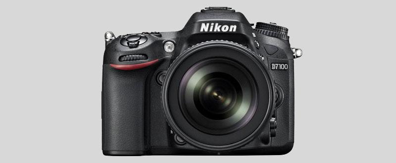 Nikon D7100 camera