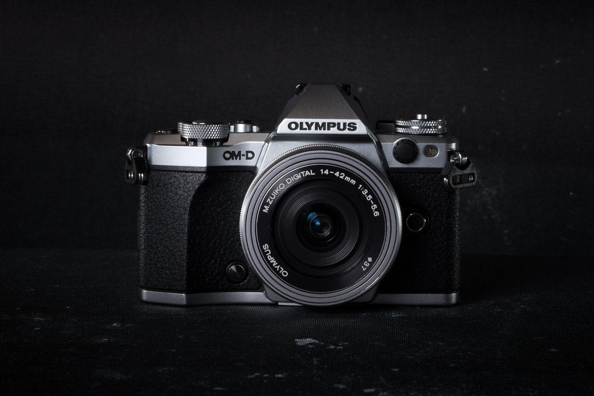 Best Mirrorless Cameras of 2017 | Switchback Travel