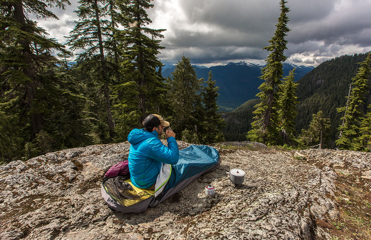 Review Outdoor Research Alpine Bivy Switchback Travel